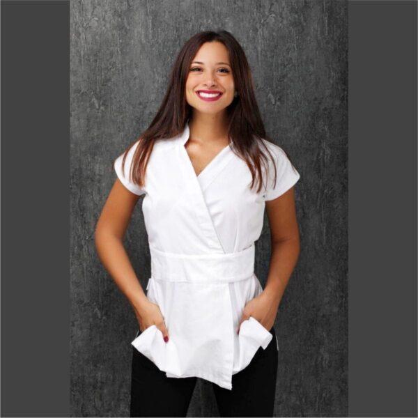 alessia-prete-kimono-bianco-estetica-abiti-da-lavoro-offerta