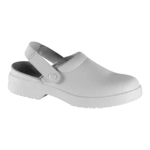 zoccoli-bianchi-scarpe-cucina