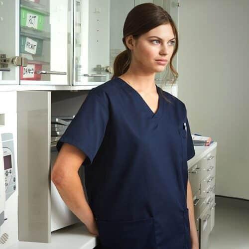 leonardo-blu-casacca-infermiera