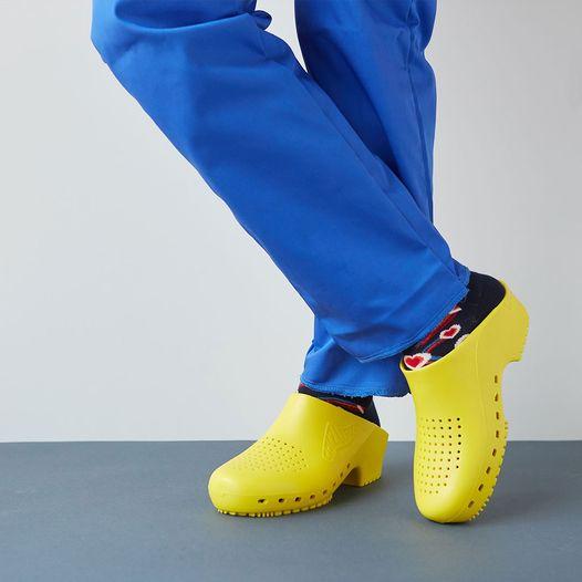 zoccoli-sanitari-calzuro-giallo