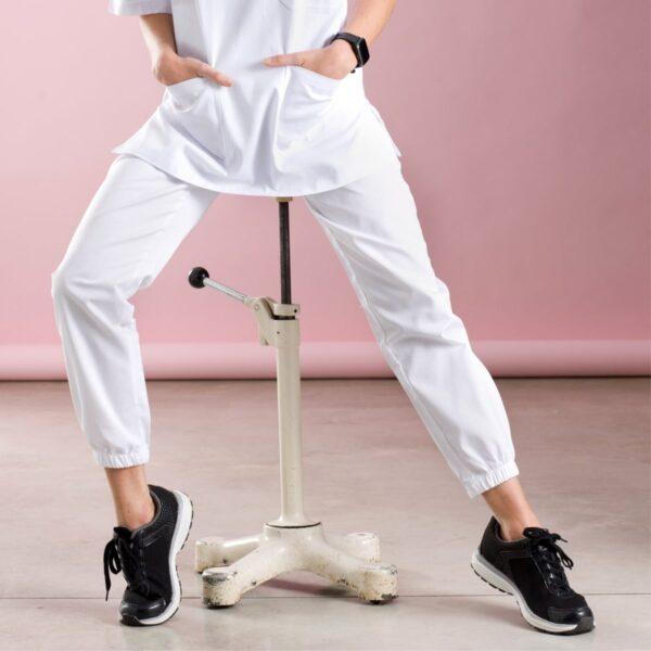 freddy-pantaloni-bianchi-infermiere-min