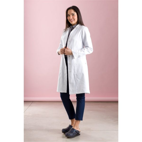marzia-white-medical-appareal-surgery-min