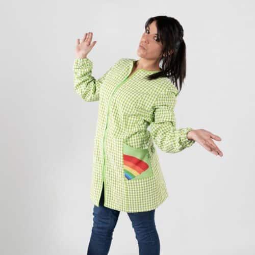 598300-arcobaleno-verde-camice-maestra-maniche-lunghe-min